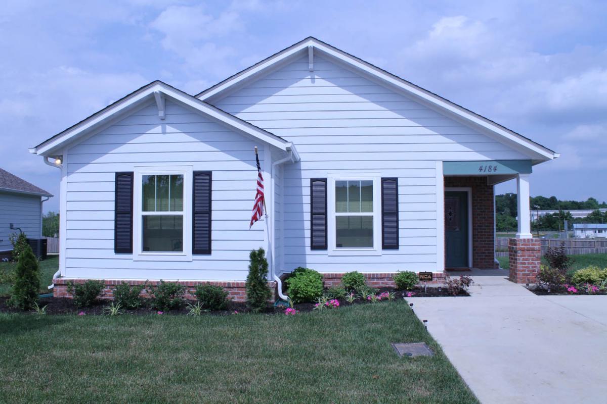 Self guided tour of stars homes in nashville tn homemade for Nashville star home tour